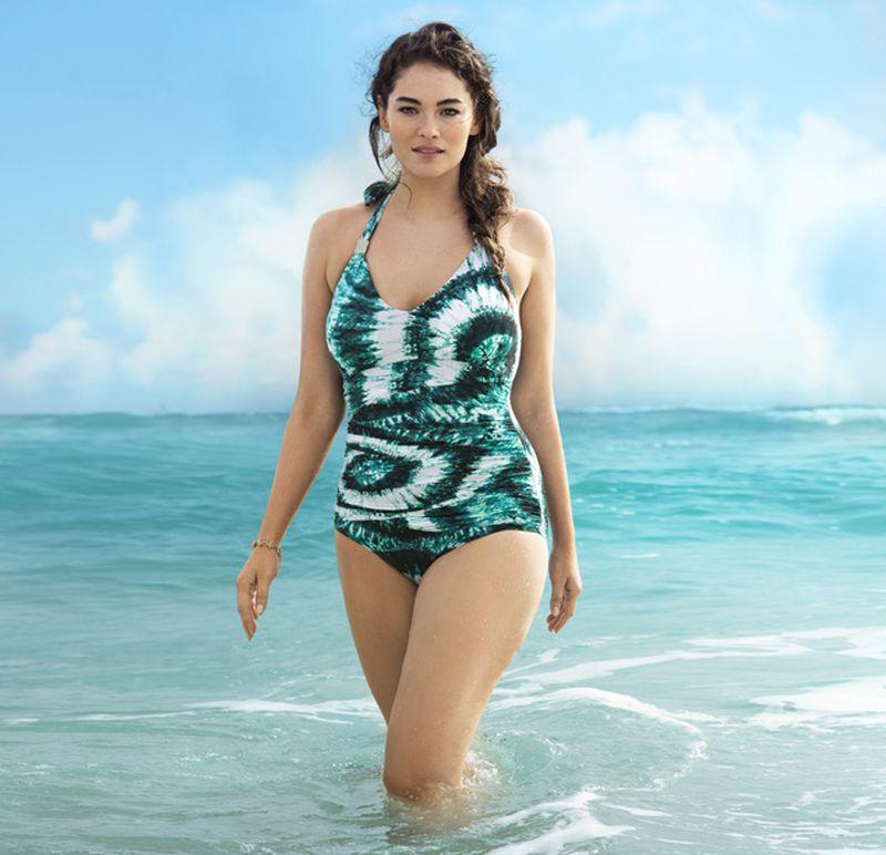 Jennie Runk Body in Bikini