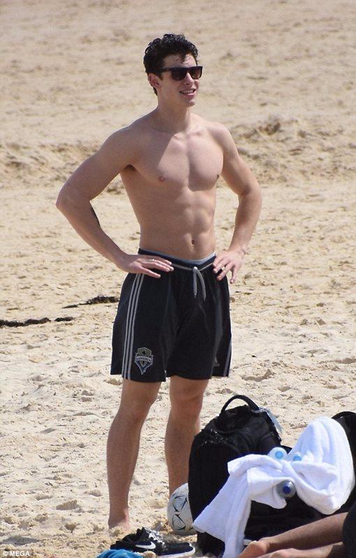 Shawn Mendes Body Statistics